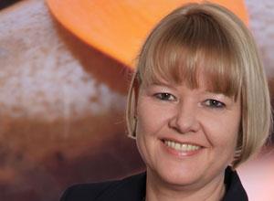 <b>Carolin Knorr</b> (KNORR Health Strategy) - Knorr_Knorr_220x300